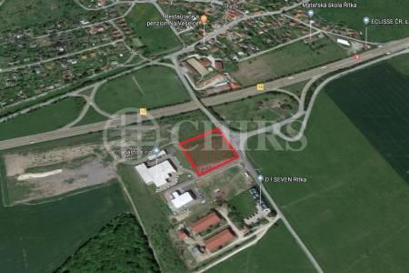 Prodej pozemku, OV, 8638m2, Mníšek pod Brdy, okr. Praha - západ