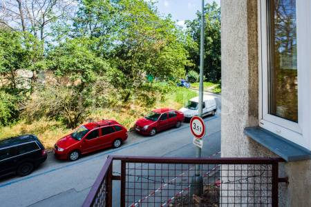 Pronájem bytu 2+kk/2B 39m2, Praha 8, Libeň