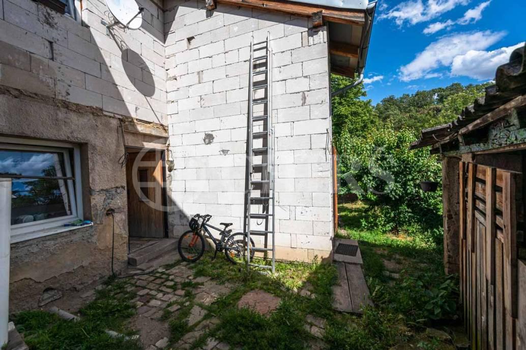 Prodej 1/2 rodinného domu 5+2, OV, 194m2, ul. K Chaloupce 55/1, Praha 5 - Řeporyje
