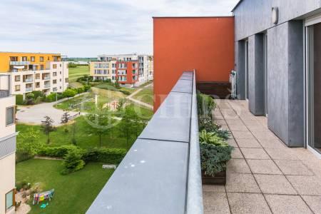Prodej bytu 5+kk s balkonem, terasou, 2x garážové stání, OV, 155m2, ul. Raichlova 2618/8, Praha 5 - Stodůlky