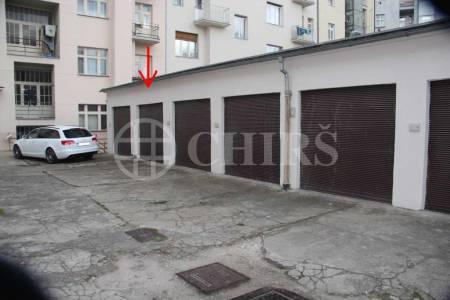 Pronájem zděné uzamykatelné garáže, ul. Národní Obrany, P6 - Bubeneč