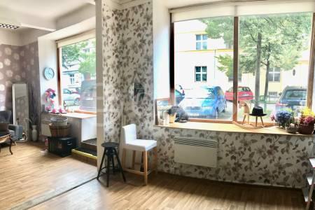 Pronájem obchodního prostoru, 36 m2, Puškinovo náměstí 17, Praha 6 - Bubeneč