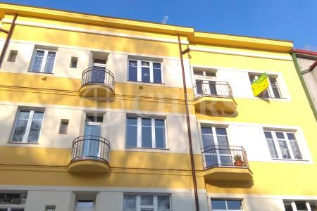 Prodej bytu 1+1, OV, 45m2, ul. Na Dionysce 1755/8, Praha 6 - Dejvice