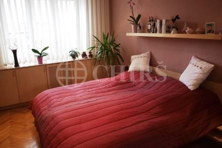 Prodej bytu 2+1, DV, 65m2, ul. Košířské náměstí 441/207, P-5 Košíře