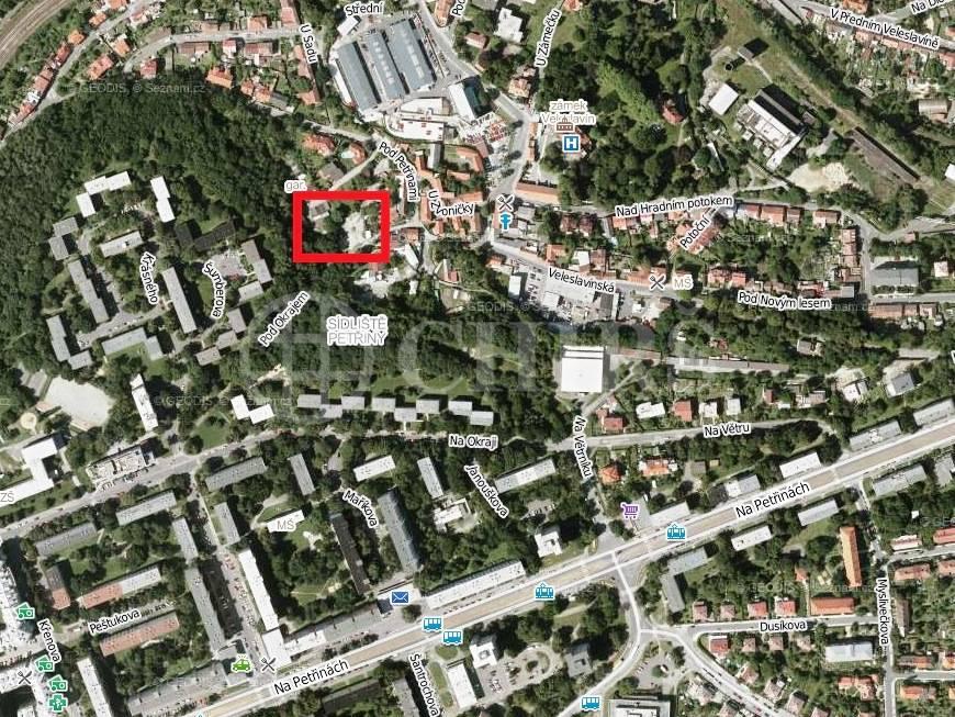 Prodej garáže, OV, 19m2, ul. Pod Petřinami, Praha 6 - Veleslavín