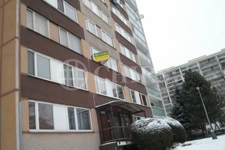 Pronájem bytu 2+kk, OV, 44m2, ul. Jakobiho 326, Praha 10 - Petrovice