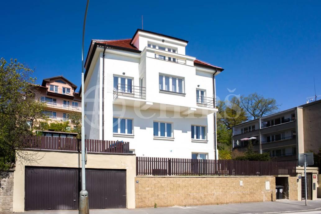 Pronájem bytu 1+kk/B, 41m2, OV, Branická 904/157, Praha 4