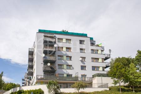 Prodej bytu 4+kk/T, OV, 116m2 + 14m2, ul. Tibetská 806/2, P-6 Vokovice