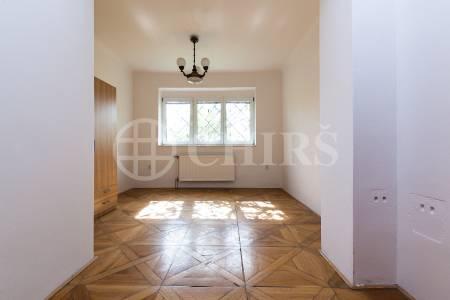 Prodej RD 6+2, OV, 160m2, ul. Havraní 682/9, Praha 6 - Suchdol