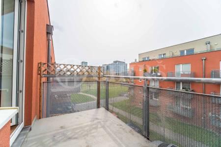 Prodej bytu 1+kk s balkonem, OV, 47 m2, ul. Za Zámečkem 744/11, Praha 5 - Jinonice