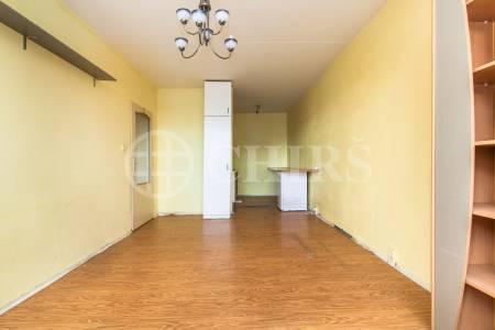 Prodej bytu 2+kk, DV, 45m2, ul. Kosmická 746/19, Praha 11 - Háje
