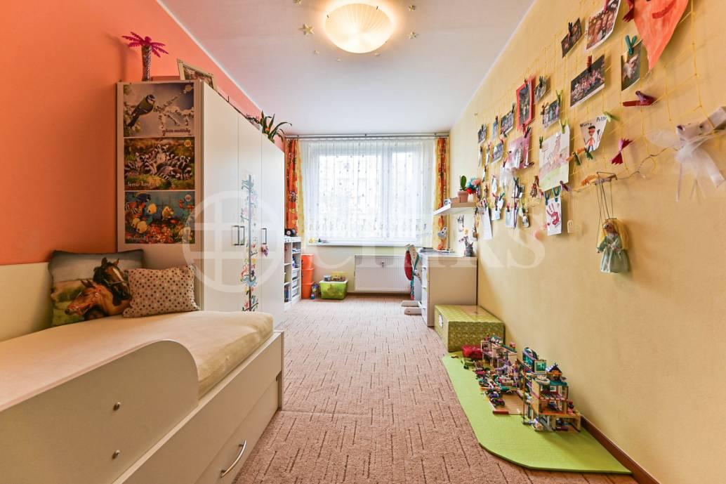 Prodej bytu 3+1 s lodžií, OV, 72m2, ul. Kurzova 2246/4, Praha 5 - Stodůlky