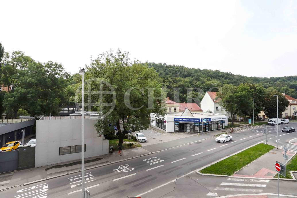 Pronájem bytu 2+kk, OV, 52m2, ul. Vrchlického 9/40, Praha 5 - Košíře