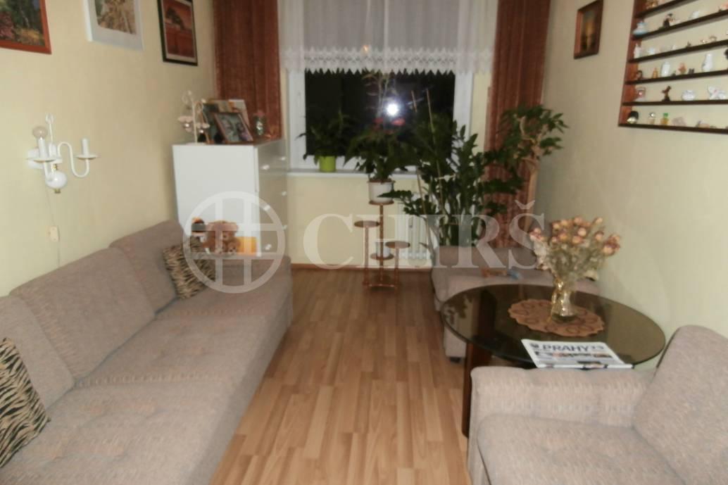 Prodej bytu 3+1/L, 76m2, OV, v ulici Urbánkova 3366, Praha 4 - Modřany