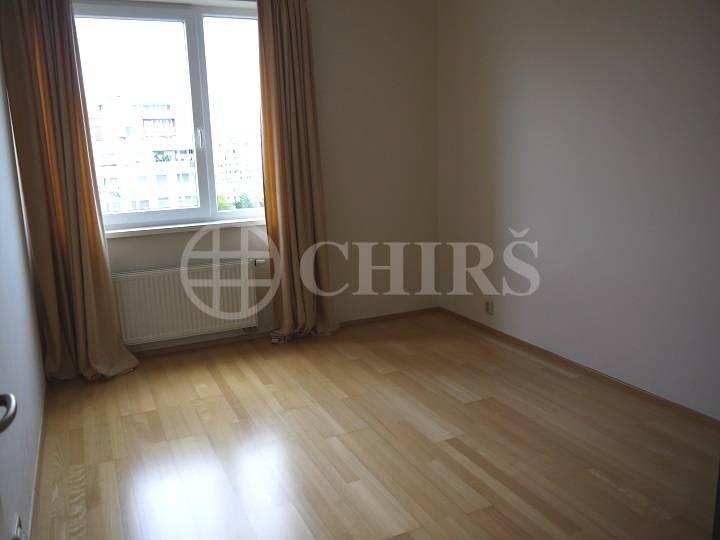 Prodej bytu 3+kk/L (s možností předělání na 4+kk), OV, 93m2, ul. Petržílkova 2704/34, Praha 13