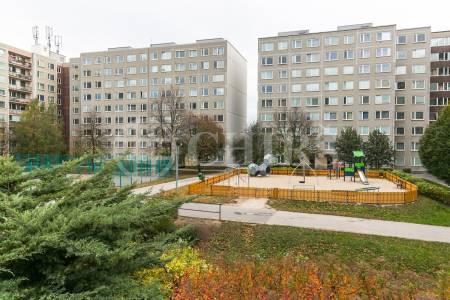 Prodej bytu 3+kk s lodžií, OV, 73m2, ul. Kurzova 2224/12, Praha 5 - Stodůlky