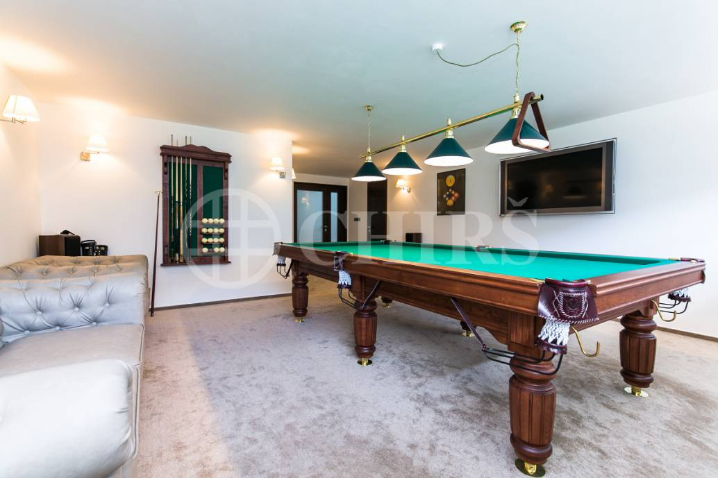 Prodej rodinného domu 8+1, OV, 541m2, ul. Na Vrbice 611, Jesenice, Praha - západ