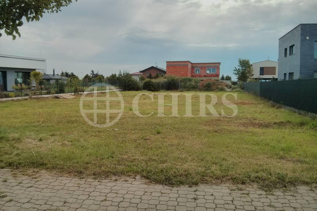 Prodej pozemku, OV, 997m2, ul. Návětrná 149/26, Zbuzany, Praha-západ