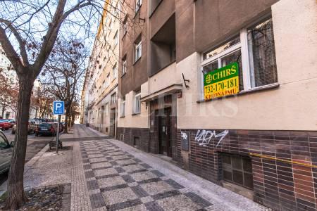 Pronájem bytu 2+1, DV, 67 m2, ul. Šmilovského 1473/6, Praha 2 – Vinohrady