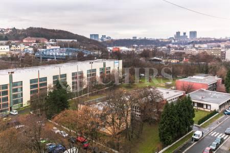 Prodej bytu 2+1 se dvěma balkony, OV, 50m2, ul. Tádžická 1424/2, Praha 10 - Vršovice