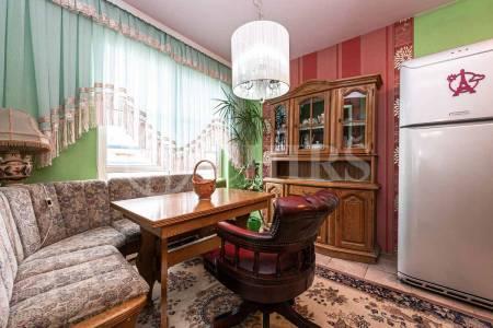 Prodej bytu 4+1 s lodžií, OV, 122m2, ul. Volutova 2520/10, Praha 5 - Hůrka