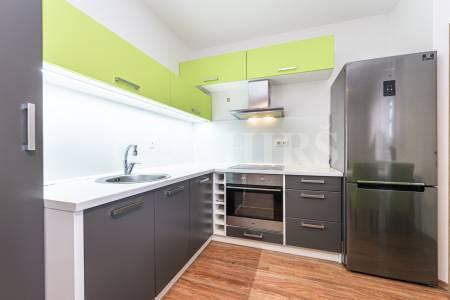 Prodej bytu 2+1, OV, 66m2, ul. Oranžová, Chrášťany, okr. Praha-západ