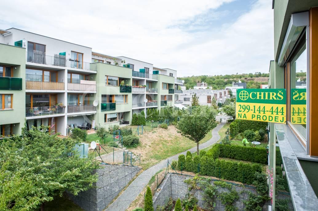 Prodej bytu 2+kk/B/GS, OV, 64 m2, ul. Břežánecká 832/1, Praha 5-Jinonice