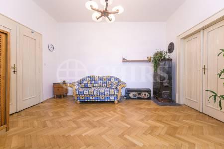 Prodej bytu 3+1 s balkonem a lodžií, OV, 107m2, ul. Svatovítská 682/7, Praha 6 - Dejvice