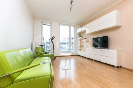 Prodej bytu 2+kk s terasou a garážovým stáním, OV, 59m2, ul. Raichlova 2659/2, Praha 5 - Stodůlky