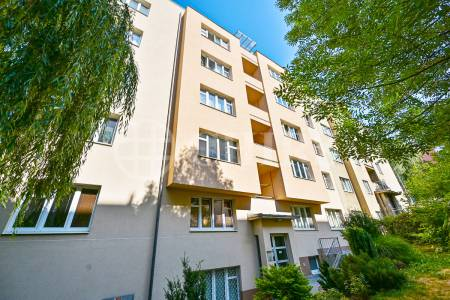 Prodej bytu 1+kk, OV, 28m2, ul. Mládeže 1479/3, Praha 6 - Břevnov
