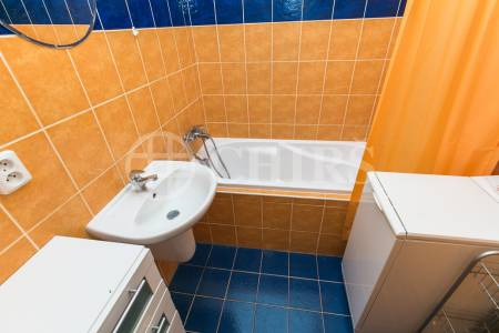 Pronájem bytu 2+kk s balkonem, OV, 45m2, ul.  Wiedermannova 1406/4, Praha 5 - Stodůlky
