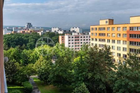 Prodej bytu 3+1 s lodžií, OV, 76m2, ul. Mazancova 3055/5, Praha 4 - Modřany