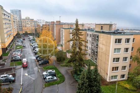 Pronájem bytu 2+kk, OV, 49m2, ul. V Hůrkách 2145/1, Praha 5 - Stodůlky