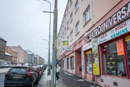 Pronájem bytu 2+1+hala, 68 m2, ul. Bělohorská 122, Praha 6 - Břevnov