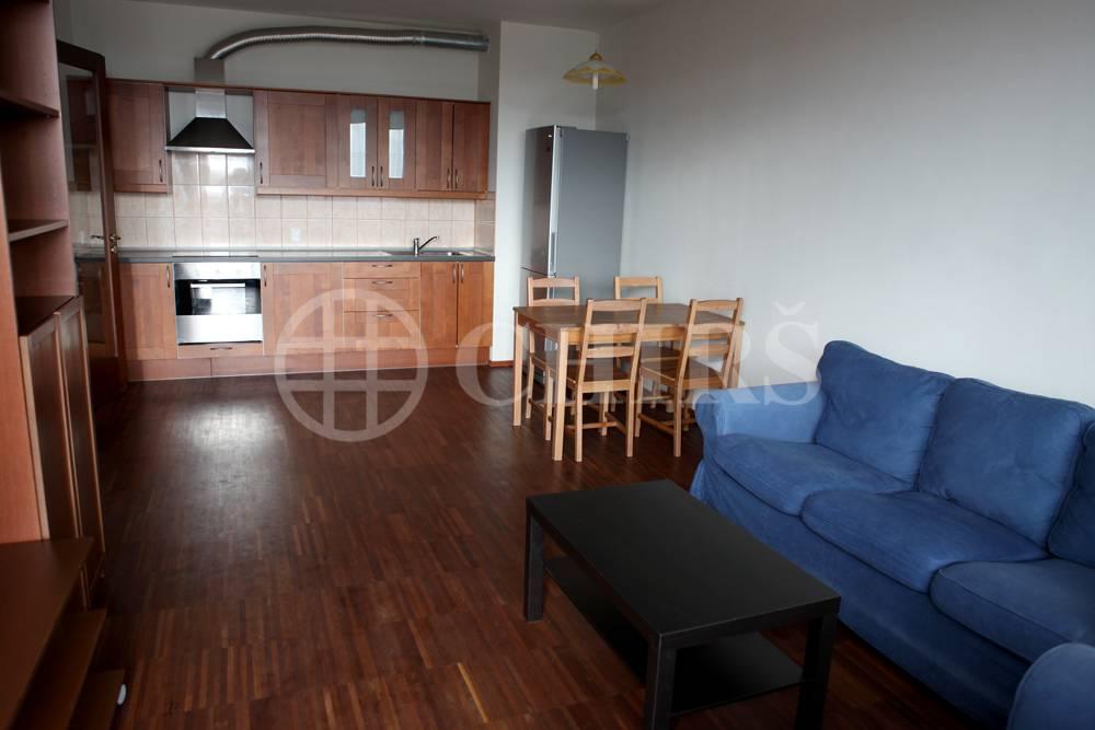 Prodej bytu 2+kk/L, OV, 47m2, ul. Jeremiášova 2722/2b, Praha 13 - Lužiny
