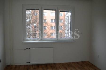 Pronájem bytu 1+1, 36m2, ul. Vrátkovská 6, Praha 10 - Strašnice