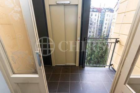 Pronájem bytu 3+kk s balkonem, OV, 80m2, ul. náměstí Generála Kutlvašra 584/7, Praha 4 - Nusle