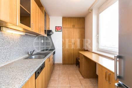 Pronájem bytu 2+1 s balkonem, OV, 66m2, ul. Sluneční nám. 2563/1, Praha 5 - Stodůlky