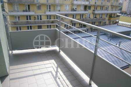 Pronájem bytu 2+1/B, OV, 64m2, ul. Petržílkova 2570/25, Praha 13 - Hůrka