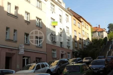 Pronájem bytu 2+1 s balkónem, Praha 6 - Břevnov, ul. Konecchlumského