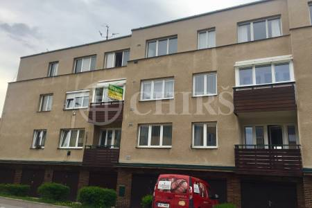 Prodej bytu 1+1/B,G, Předvoje 13, Praha 6