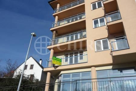 Prodej bytu 3+1/L, OV, 92m2, ul. Smolenská 261/23, Praha 10 - Staré Vršovice
