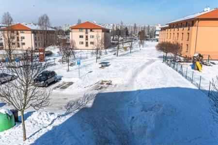 Pronájem bytu 1+kk, DV, 31m2, ul. Jaroslava Foglara 1335/12, Praha 5 - Stodůlky