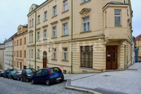 Pronájem bytu 2+kk, 40 m2, Heleny Malířové 2, Praha 6 - Břevnov