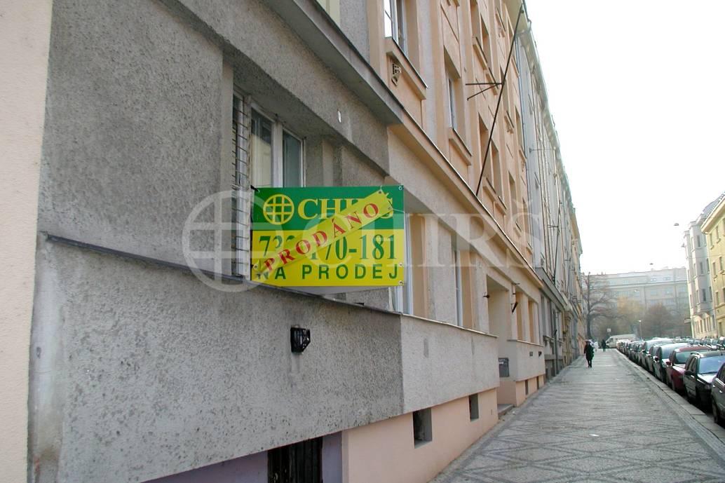 Prodej bytu 1+kk, OV, 43m2, ul. náměstí Interbrigády 655/7, Praha 6 - Bubeneč