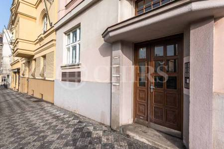 Pronájem bytu 3+1, OV, 96 m2, ul. Svatovítská 504/2, Praha 6 - Dejvice