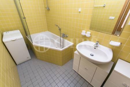 Prodej bytu 2+kk s garážovým stáním, OV, 54m2, ul. Symfonická 1496/9, Praha 13 - Stodůlky