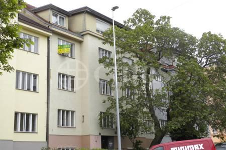 Prodej bytu 3+kk, OV, 74m2, ul. Zemědělská 1577/12, Praha 6 - Dejvice
