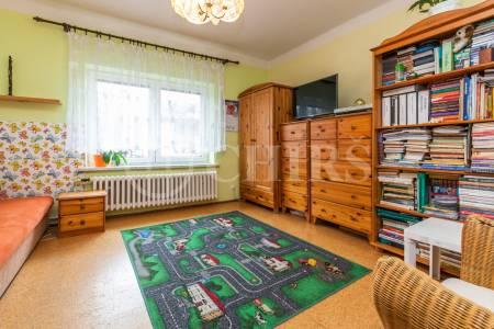 Prodej id.1/2 ŘRD 4+2, OV, 170m2, ul. Pod Mohylou 557/48, Praha 6 - Ruzyně