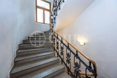 Pronájem bytu 1+1, OV, 39m2, ul. Lublaňská 3/63, Praha 2 - Vinohrady